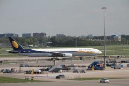 ガペ兄さんが、アムステルダム・スキポール国際空港で撮影したジェットエアウェイズ 777-35R/ERの航空フォト(飛行機 写真・画像)