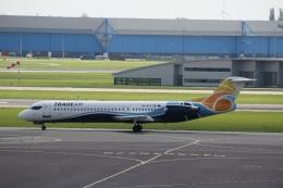 ガペ兄さんが、アムステルダム・スキポール国際空港で撮影したトレード・エア 100の航空フォト(飛行機 写真・画像)