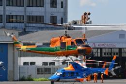 Mizuki24さんが、東京ヘリポートで撮影したアカギヘリコプター 204B-2(FujiBell)の航空フォト(飛行機 写真・画像)