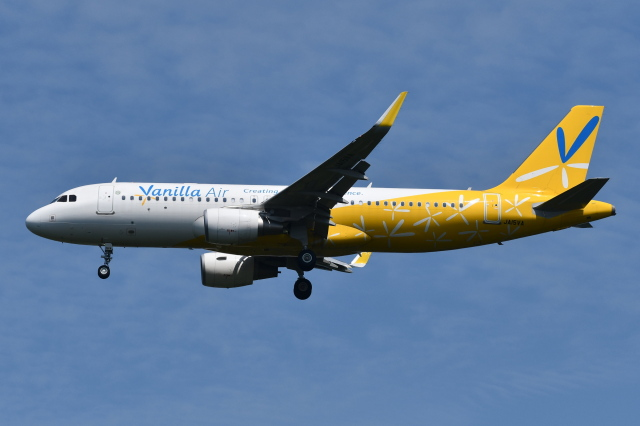 Deepさんが、成田国際空港で撮影したバニラエア A320-214の航空フォト(飛行機 写真・画像)