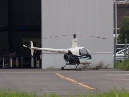 FT51ANさんが、八尾空港で撮影した第一航空 R22 Betaの航空フォト(飛行機 写真・画像)