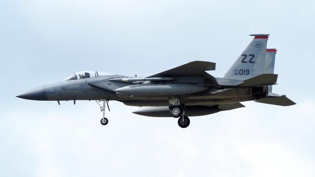 ららぞうさんが、千歳基地で撮影したアメリカ空軍 F-15C-33-MC Eagleの航空フォト(飛行機 写真・画像)