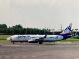twinengineさんが、アムステルダム・スキポール国際空港で撮影したサンエクスプレス 737-8CXの航空フォト(飛行機 写真・画像)