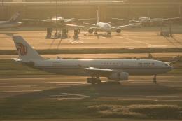 Sharp Fukudaさんが、羽田空港で撮影した中国国際航空 A330-243の航空フォト(飛行機 写真・画像)