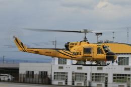 すけちゃんさんが、群馬ヘリポートで撮影したアカギヘリコプター 204B-2(FujiBell)の航空フォト(飛行機 写真・画像)