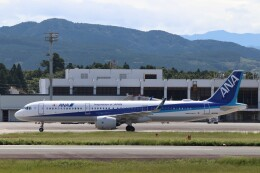 Yuseiさんが、熊本空港で撮影した全日空 A321-272Nの航空フォト(飛行機 写真・画像)