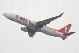S.Hayashiさんが、福岡空港で撮影したティーウェイ航空 737-8Q8の航空フォト(飛行機 写真・画像)