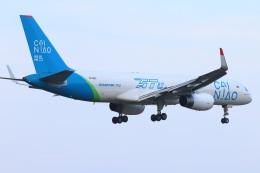 S.Hayashiさんが、成田国際空港で撮影したアビアスター 757-223の航空フォト(飛行機 写真・画像)