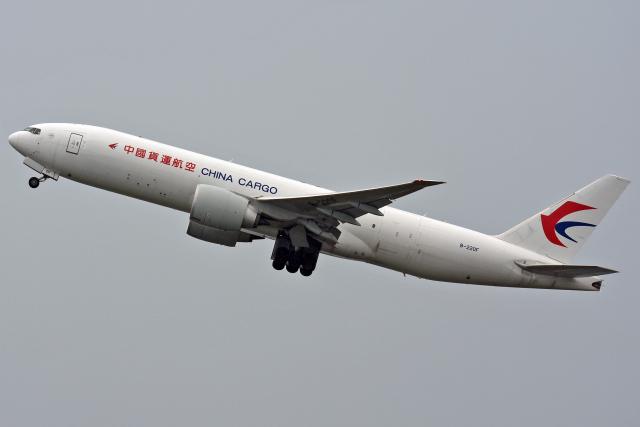 sachiさんが、関西国際空港で撮影した中国貨運航空 777-Fの航空フォト(飛行機 写真・画像)