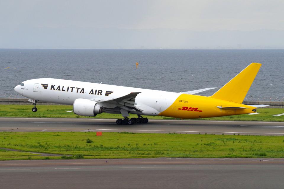 yabyanさんのカリッタ エア Boeing 777-200 (N772CK) 航空フォト