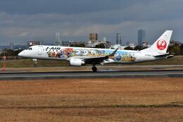 パール大山さんが、伊丹空港で撮影したジェイエア ERJ-190-100(ERJ-190STD)の航空フォト(飛行機 写真・画像)