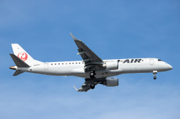 SGR RT 改さんが、羽田空港で撮影したジェイエア ERJ-190-100(ERJ-190STD)の航空フォト(飛行機 写真・画像)