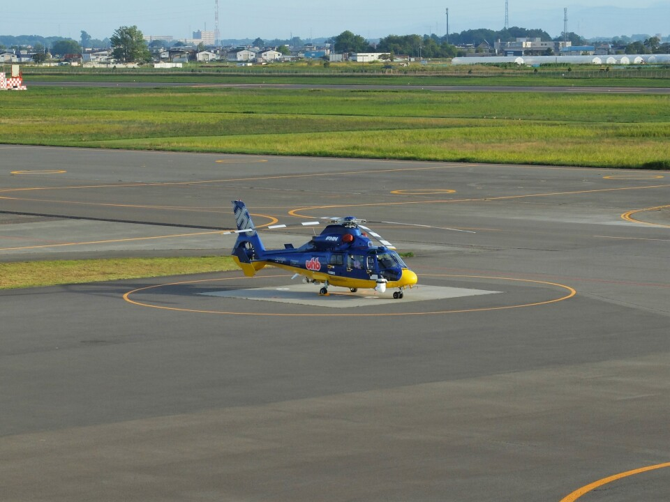 Smyth Newmanさんの北海道航空 Eurocopter AS365/565 Dauphin 2/Panther (JA008H) 航空フォト