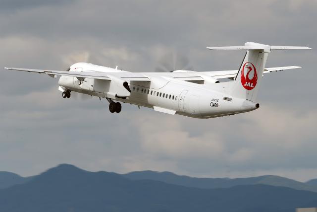 AkiChup0nさんが、伊丹空港で撮影した日本エアコミューター DHC-8-402Q Dash 8の航空フォト(飛行機 写真・画像)