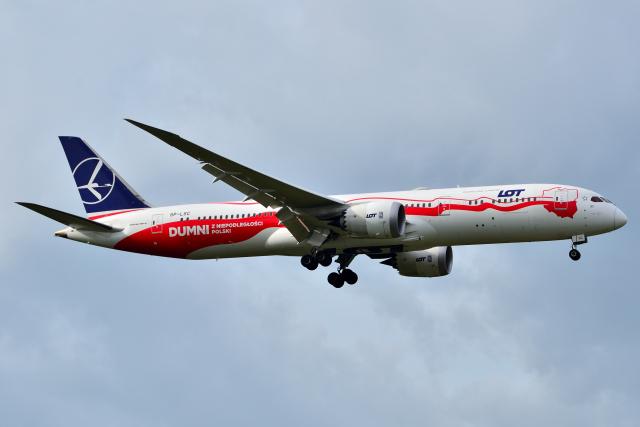 フリューゲルさんが、成田国際空港で撮影したLOTポーランド航空 787-9の航空フォト(飛行機 写真・画像)