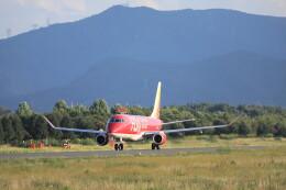 モモさんが、松本空港で撮影したフジドリームエアラインズ ERJ-170-200 (ERJ-175STD)の航空フォト(飛行機 写真・画像)