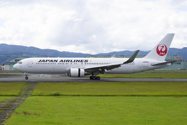 pringlesさんが、熊本空港で撮影した日本航空 767-346/ERの航空フォト(飛行機 写真・画像)