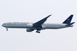 kinsanさんが、スカルノハッタ国際空港で撮影したサウディア 777-3FG/ERの航空フォト(飛行機 写真・画像)
