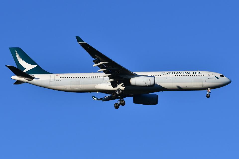 Deepさんのキャセイパシフィック航空 Airbus A330-300 (B-HLD) 航空フォト