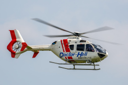 よっしぃさんが、八尾空港で撮影した学校法人ヒラタ学園 航空事業本部 EC135P2+の航空フォト(飛行機 写真・画像)