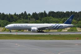 チャーリーマイクさんが、成田国際空港で撮影したエールフランス航空 777-328/ERの航空フォト(飛行機 写真・画像)