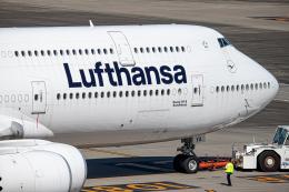 SGR RT 改さんが、羽田空港で撮影したルフトハンザドイツ航空 747-830の航空フォト(飛行機 写真・画像)