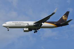 Deepさんが、成田国際空港で撮影したUPS航空 767-34AF/ERの航空フォト(飛行機 写真・画像)
