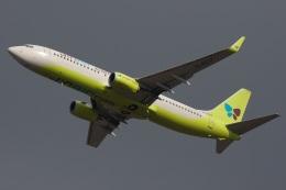 S.Hayashiさんが、福岡空港で撮影したジンエアー 737-8SHの航空フォト(飛行機 写真・画像)