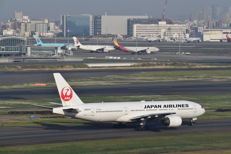 hachiさんの日本航空 Boeing 777-200 (JA007D) 航空フォト