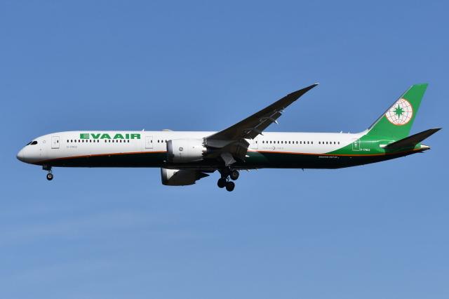 Deepさんが、成田国際空港で撮影したエバー航空 787-10の航空フォト(飛行機 写真・画像)