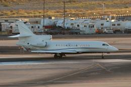 キャスバルさんが、フェニックス・スカイハーバー国際空港で撮影したアメリカ企業所有 Falcon 7Xの航空フォト(飛行機 写真・画像)