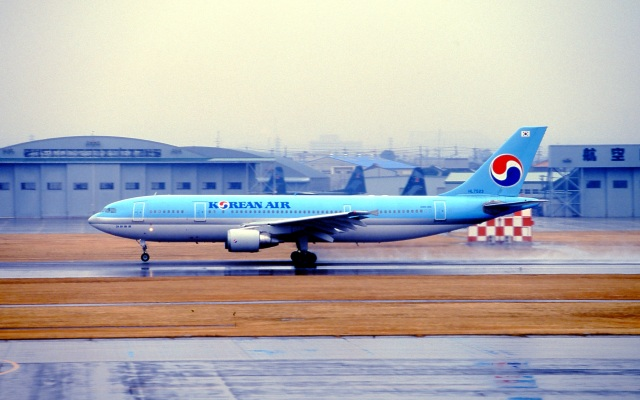 LEVEL789さんが、名古屋飛行場で撮影した大韓航空 A300-600の航空フォト(飛行機 写真・画像)