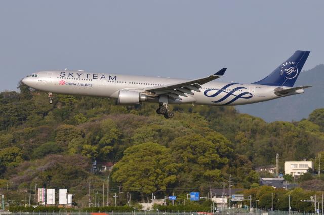 Deepさんが、福岡空港で撮影したチャイナエアライン A330-302の航空フォト(飛行機 写真・画像)