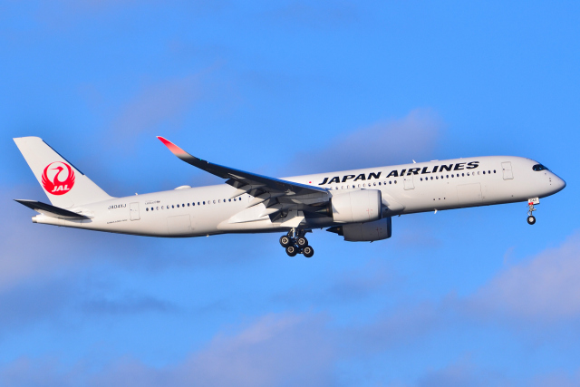 フリューゲルさんが、羽田空港で撮影した日本航空 A350-941の航空フォト(飛行機 写真・画像)