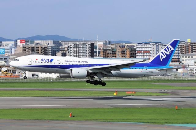 kan787allさんが、福岡空港で撮影した全日空 777-281/ERの航空フォト(飛行機 写真・画像)