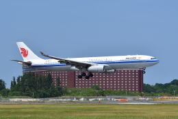 ポン太さんが、成田国際空港で撮影した中国国際航空 A330-343Xの航空フォト(飛行機 写真・画像)