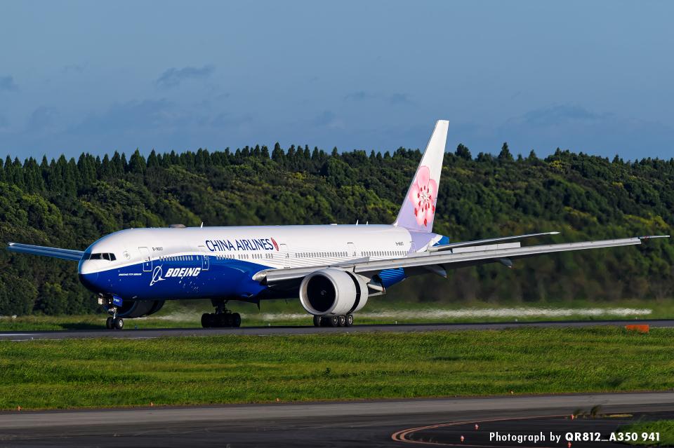 kina309さんのチャイナエアライン Boeing 777-300 (B-18007) 航空フォト