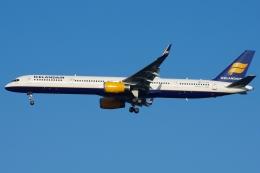 zettaishinさんが、ジェネラル・エドワード・ローレンス・ローガン国際空港で撮影したアイスランド航空 757-308の航空フォト(飛行機 写真・画像)
