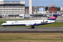 セブンさんが、伊丹空港で撮影したアイベックスエアラインズ CL-600-2C10(CRJ-702)の航空フォト(飛行機 写真・画像)