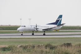thomasYVRさんが、バンクーバー国際空港で撮影したウェストジェット 340Aの航空フォト(飛行機 写真・画像)
