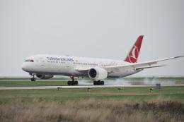 thomasYVRさんが、バンクーバー国際空港で撮影したターキッシュ・エアラインズ 787-9の航空フォト(飛行機 写真・画像)