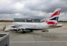 TA27さんが、ロンドン・シティ空港で撮影したBAシティフライヤー ERJ-170-100 (ERJ-170STD)の航空フォト(飛行機 写真・画像)