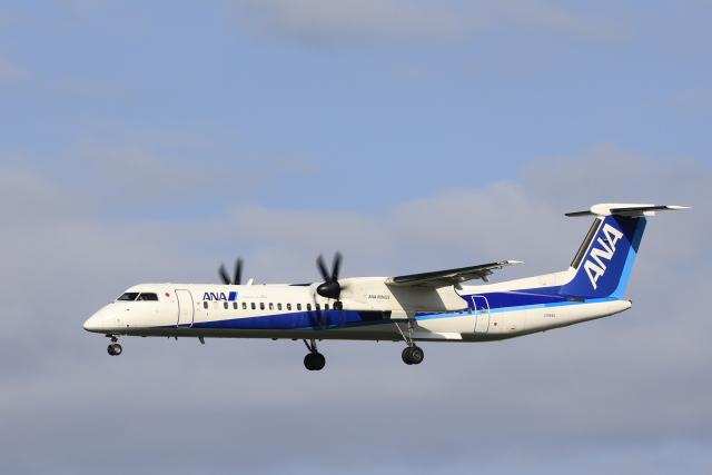 Fly Yokotayaさんが、伊丹空港で撮影したANAウイングス DHC-8-402Q Dash 8の航空フォト(飛行機 写真・画像)
