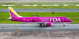 アローズさんが、福岡空港で撮影したフジドリームエアラインズ ERJ-170-200 (ERJ-175STD)の航空フォト(飛行機 写真・画像)