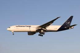 JA1118Dさんが、成田国際空港で撮影したルフトハンザ・カーゴ 777-FBTの航空フォト(飛行機 写真・画像)