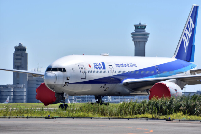 Tomonenさんが、羽田空港で撮影した全日空 777-281の航空フォト(飛行機 写真・画像)