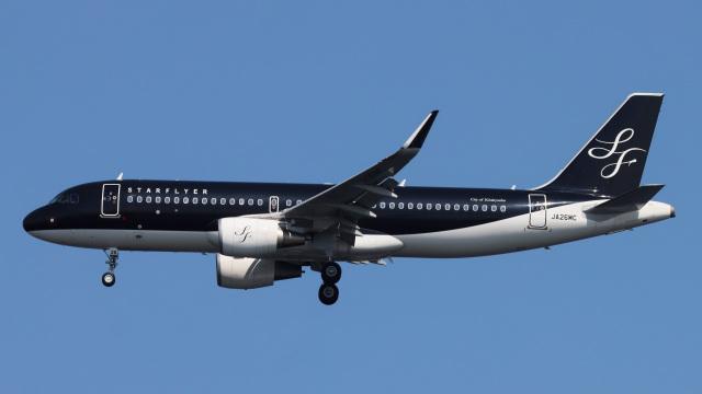 Bluewingさんが、羽田空港で撮影したスターフライヤー A320-214の航空フォト(飛行機 写真・画像)