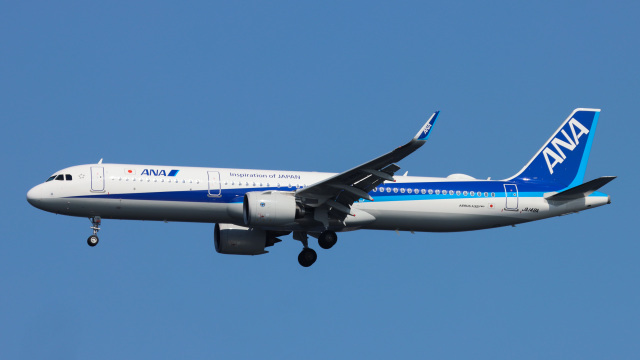 Bluewingさんが、羽田空港で撮影した全日空 A321-272Nの航空フォト(飛行機 写真・画像)