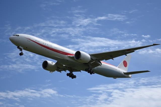 YouKeyさんが、千歳基地で撮影した航空自衛隊 777-3SB/ERの航空フォト(飛行機 写真・画像)
