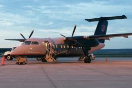 kinsanさんが、デュランゴ・ラプラタカウンティ空港で撮影したメサ・エアラインズ DHC-8-202Q Dash 8の航空フォト(飛行機 写真・画像)